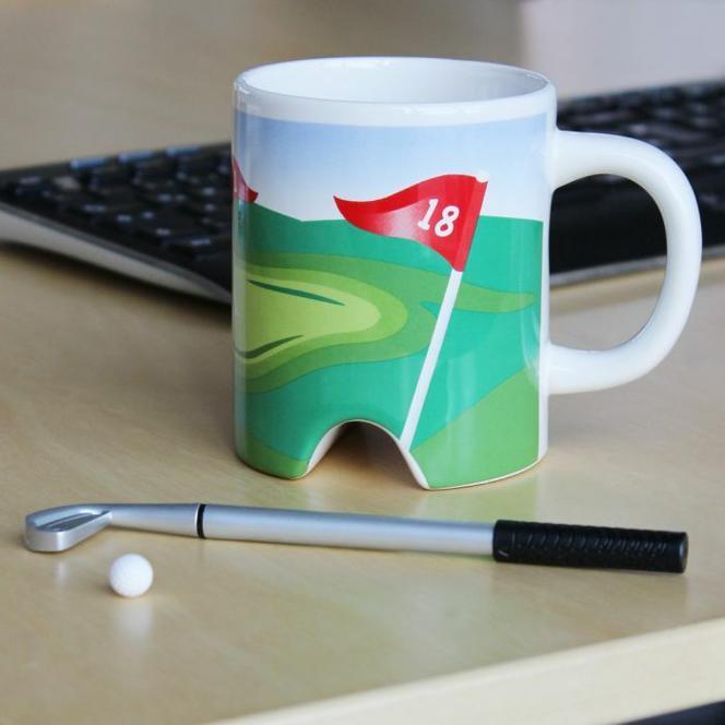 Golf Becher mit Putter