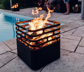 CUBE - hochwertiger Feuerkorb Grill und Sitzgelegenheit