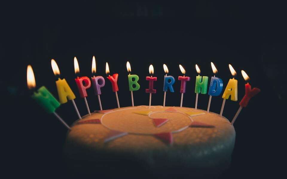 Geburtstagsgeschenke: Geschenkideen zum Ehrentag