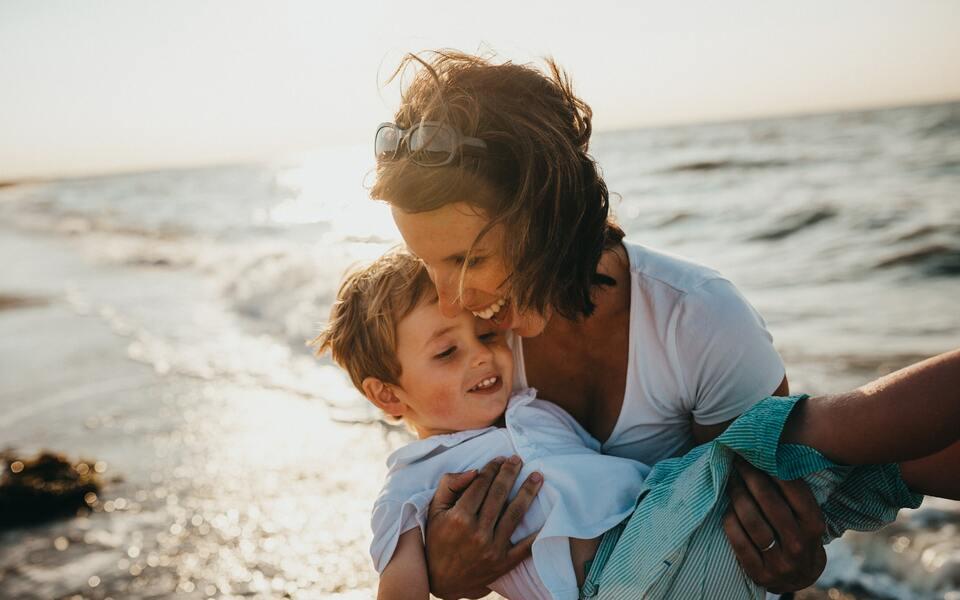 Geschenke für die Mutter: Was soll ich Mama schenken?