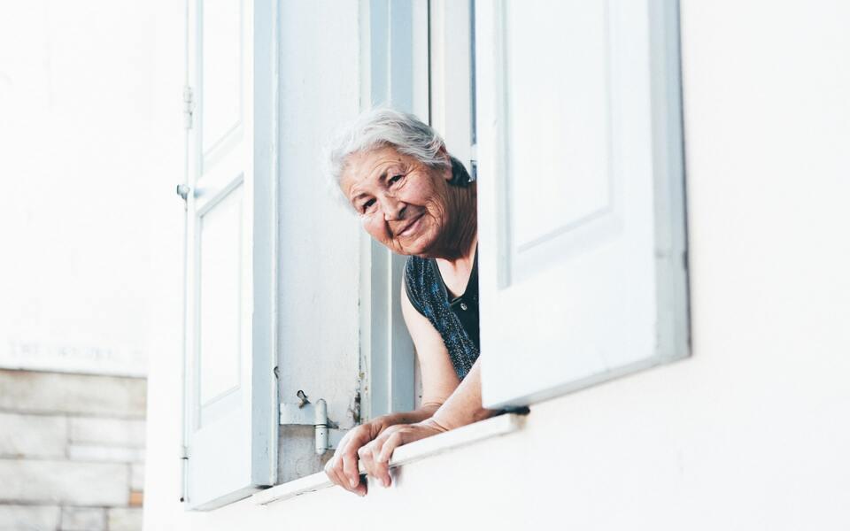 Geschenke für die Oma: Das wünscht sich deine Großmutter