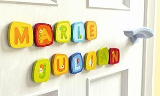 Haba Holzbuchstaben im Set inkl. Klebepunkte und Geschenkverpackung, Buchstaben, Kinderzimmer, Mädchen, Junge, Geschenk, Geburt, Taufe, Geburtstag, Mitbringsel (6er Set)